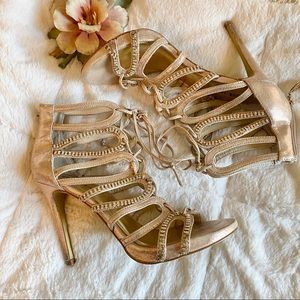 Sz 8 BEBE gold lace front heels with crystals